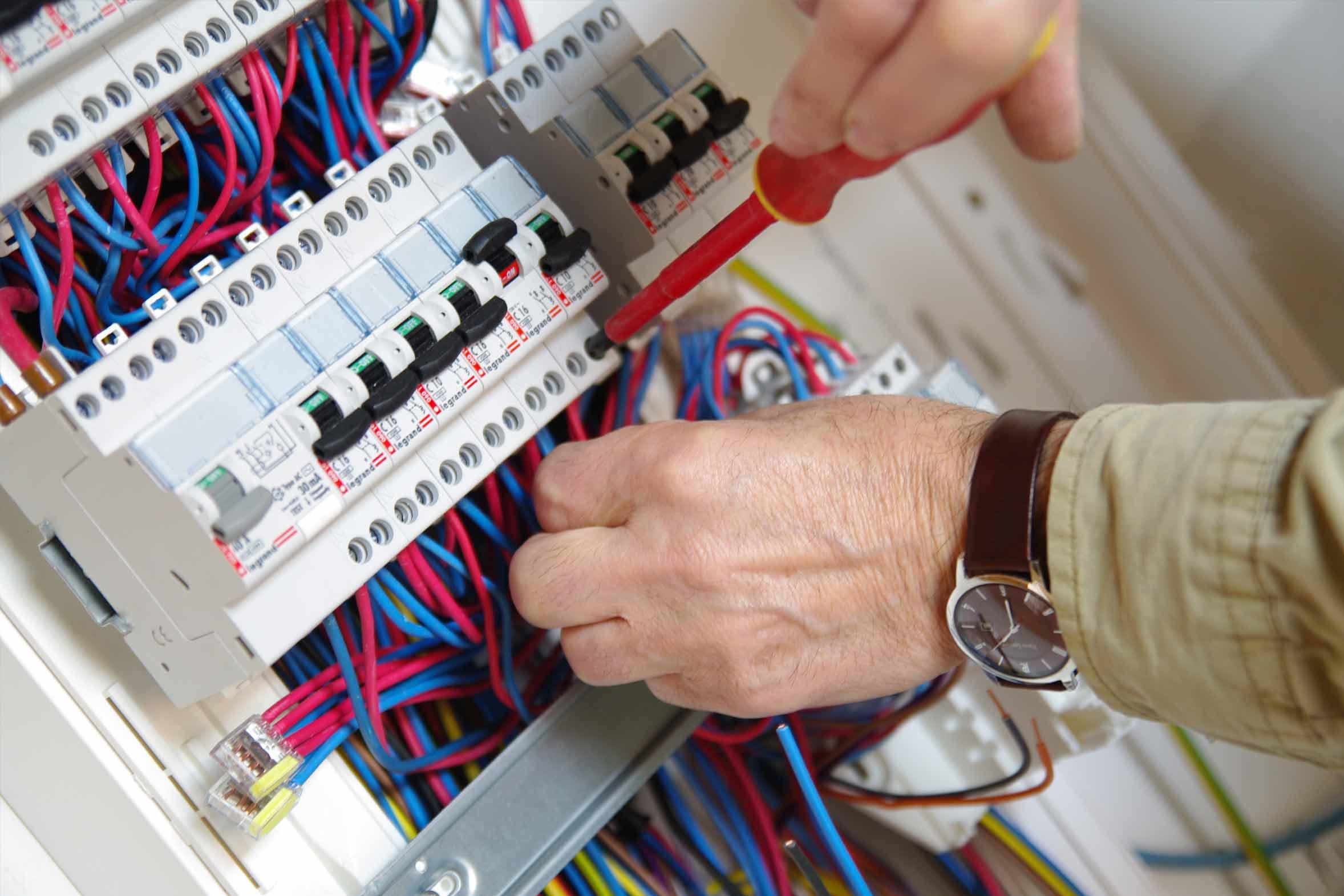 Costo Elettricista Milano